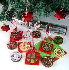 Se virando sem grana: Enfeitando a árvore de Natal com chocolates