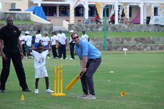 "Kensington Palace on Twitter: ""Prince Harry joins Antigua's cricketing Knights and local children for some Cricket and Volleyball #RoyalVisitAntiguaBarbuda"