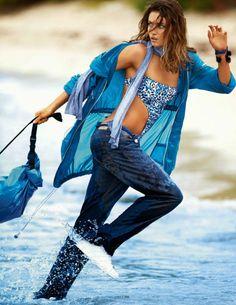 Andreea Diaconu photographiée par Gilles Bensimon pour Vogue Paris avril 2014