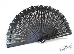 Éventail bois noir ajouré - cabochons blancs - Super Chic - Abanico negro - Black spanish fan : Autres accessoires par ladyplazza