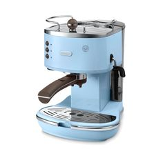 Coffee makers ECOV 310 az blue by DeLonghi. Stainless steel boiler, with baby blue color and retro concepts. Vintage Icona is a stylish pump espresso machine with an advanced technology that guarantees a perfect and authentic Italian espresso. http://zocko.it/LERvx