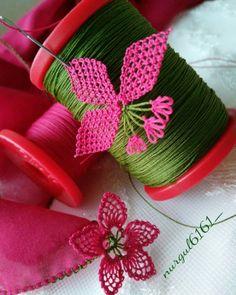 Sezonun En Şahane 34 İğne Oyası Yazma Kenarı Modelleri Needle Lace, Napkin Rings, Needlework, Rainbow, Crochet, Youtube, Instagram, Ideas, Loafers & Slip Ons