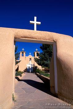 Morning light on San Francisco de Asis Mission Church, Rancho de Taos, New Mexico