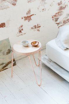 Sleek wire bin for the office, bedroom or bathroom ...