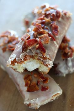 Maple Bacon Bars with Bourbon Cream Filling - Not for the faint of heart! Ultimate salty sweet decadence with every fluffy, creamy, crispy bite. Bacon Recipes, Donut Recipes, Sweet Recipes, Cooking Recipes, Easy Recipes, Snack Recipes, Just Desserts, Delicious Desserts, Yummy Food
