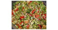 Brokkoli-Rohkost-Salat mit Pinienkernen, ein Rezept der Kategorie Vorspeisen/Salate. Mehr Thermomix ® Rezepte auf www.rezeptwelt.de