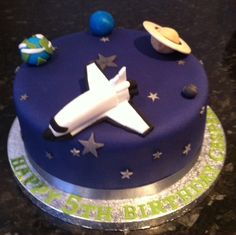 too dark, but cute small shuttle Birthday Cake Kids Boys, Thomas Birthday, Lego Birthday Party, Themed Birthday Cakes, Themed Cakes, Birthday Celebration, Solar System Cake, Astronaut Party, Cupcake Cakes
