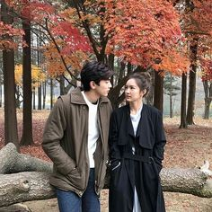 Patsakorn is the only heir of a millionaire/billionaire who hides his cruel coldness under his good looks. Japanese Couple, Korean Couple, Cute Love Couple, Anime Love Couple, Asian Actors, Korean Actors, Cute Couples Goals, Couple Goals, Chines Drama