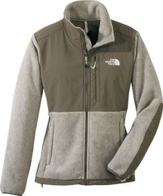 Northface fleece jacket, great for #layering! Which is a must in #Fairbanks #winter