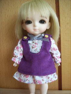 Lati Yellow 16cm S607 Purple Flowerly Dress | eBay