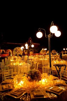 Montaje de boda estilo clasico y romanticó.Boda organizada por Six sens en la Hacienda Dzibikak en Yucatán.