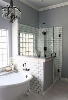 Amazing 42 Gorgeous Urban Farmhouse Master Bathroom Makeover https://homadein.com/2017/06/16/42-gorgeous-urban-farmhouse-master-bathroom-makeover/