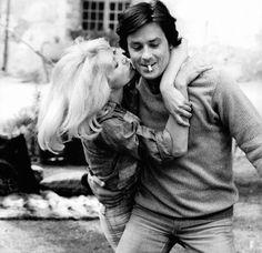 Mireille Darc e Alain Delon