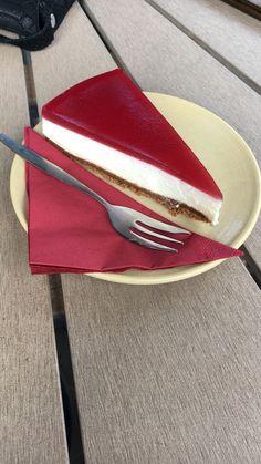 De lekkerste cheese cake die ik tot nog toe heb gehad! Café restaurant De Boterwaag in Den Haag
