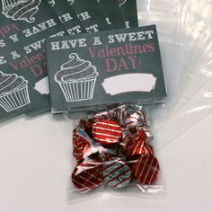 "Valentine Card Set with Goodie Bags ""Sweet Valentine Cup Cake"""