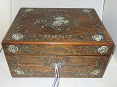 A Large, INCREDIBLY GORGEOUS rosewood and inlaid wire, mother of pearl and abalone shell Antique SEWING BOX, circa 1860 in near perfect condition..