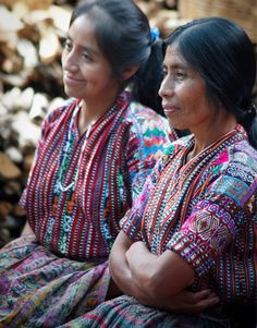 Beautiful picture of indigenous women in Guatemala - from Mercado Global website