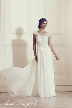 Anna Campbell Bridal Carolina Dress | Vintage-inspired ivory beaded wedding dress
