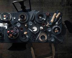 Browse our selection of IKEA tableware, crockery, cutlery, kitchenware and more to complete your table setting. Ikea 2017 Catalog, Ikea Catalogue, Ikea Vardagen, Ikea Portugal, Deco Table Noel, Plush Carpet, Dark Interiors, Bedroom Carpet, Decoration Table