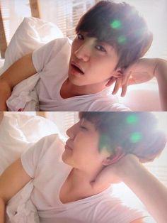 Lee Junho so sassy❤️ Jang Wooyoung, Ok Taecyeon, Lee Junho, Korean Men, Asian Men, Korean Boy Bands, Kpop, Pretty Men, Jaebum
