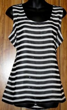 NWT Woman's Banana Republic Black & White Striped Beaded Tank Top Size Large NEW **Free Shipping**
