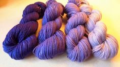 Gradient Blue-Violet Corriedale Woolyarn Yarn Set DK Weight Wool Yarn - Blue-Violet Double Knit Yarn - 3 Ply Yarn - Purple Yarn