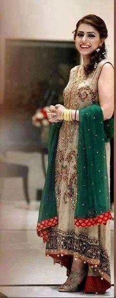 Pakistani couture. Pakistani dress