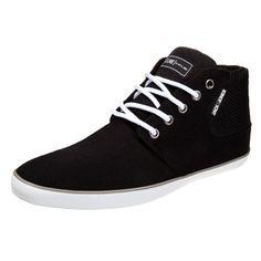 Coole schwarze Sneaker von Jack & Jones. Die Sneaker mit Futter sind super angenehm zu tragen. -ab 49,95 €