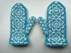 Oh Deer Mittens pattern by Drunk Girl Designs | Deer, Mittens and ...