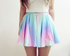 Rainbow skirt is a very fun and comfortable substitute to denim shorts for the summertime. Fashion Mode, I Love Fashion, Teen Fashion, Passion For Fashion, Fashion Beauty, Fashion Clothes, Looks Style, My Style, Dress Skirt