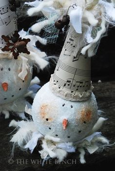 DIY Vintage Snowman Craft is are darling and whimsical!