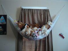 DIY stuffed animal hammock from mesh laundry bag!