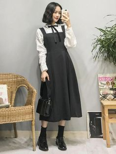 Gorgeous Clothes on korean fashion trends 327 Korean Girl Fashion, Korean Fashion Trends, Korean Street Fashion, Ulzzang Fashion, Asian Fashion, Look Fashion, Hijab Fashion, Trendy Fashion, Fashion Dresses