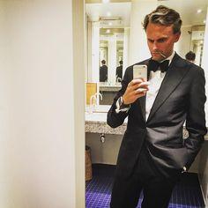 """250 gilla-markeringar, 4 kommentarer - Filip Strömbäck (@filipstromback) på Instagram: """"Jag ska gå på galej för att hedra jubilaren @omega speedmaster, som fyller 60. I nån form av…"""""""
