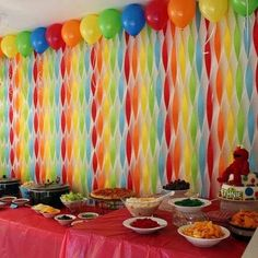 Princess Party Ideas—Birthday tips by a Professional Party Planner streamer backdrop<br> Rainbow Party Decorations, Birthday Party Decorations Diy, Halloween Party Decor, Food Decorations, Diy Streamer Decorations, Rainbow Birthday, Unicorn Birthday Parties, Unicorn Party, Birthday Streamers