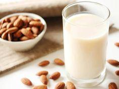 材料は水とアーモンドだけ!「アーモンドミルク」の簡単な作り方&活用術♩ - macaroni