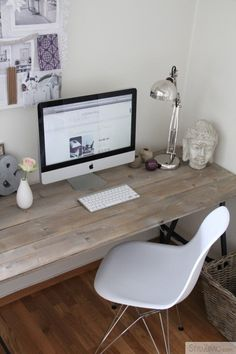 Home Office Furniture: Choosing The Right Computer Desk Workspace Inspiration, Room Inspiration, Office Workspace, Office Decor, Home Office Furniture, Diy Furniture, Home Design, Feminine Decor, Feminine Office