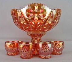 What is Carnival Glass and how does it differ from Depression Glass? What Is Carnival, Cut Glass, Glass Art, Architecture Design, Punch Bowl Set, Antique Glassware, Vintage Carnival, Indiana Glass, Fenton Glass