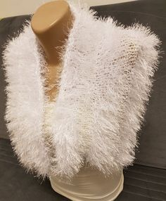 Stole Luxurious Faux Fur cloak/cape/shawl regal BRIDAL snow white Hand Knitted, Faux Fur Collar, Evening Shawl, Formal Evening