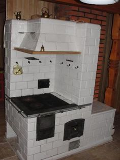 PIEC KAFLOWY (5084515804) - Allegro.pl - Więcej niż aukcje. Rustic Kitchen, Country Kitchen, Bbq Firebox, Stove Heater, Homestead House, Cooking Stove, Cheap Houses, Household Organization, Kitchen Stove