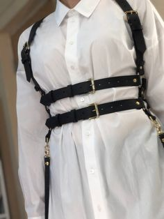Fashion Belts, Fashion Accessories, Fashion Outfits, Edgy Outfits, Cool Outfits, Leather Harness, Alternative Fashion, Aesthetic Clothes, Korean Fashion