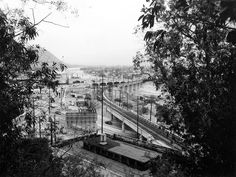 (1955) A Metropolitan Coach Lines streetcar crossing the bridge over Riverside Drive. Photo is taken from the parking lot of the Monte Sano stop.