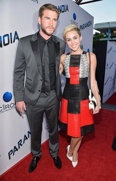 Liam Hemsworth and Miley Cyrus  http://sizlingpeople.com/wp-content/uploads/2016/01/Liam-Hemsworth-and-Miley-Cyrus.jpg  http://sizlingpeople.com/wp-content/uploads/2016/01/Liam-Hemsworth-and-Miley-Cyrus.jpg