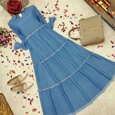 Islamic Fashion, Muslim Fashion, Modest Fashion, Fashion Dresses, Abaya Fashion, Fashion Wear, Hijab Evening Dress, Modele Hijab, Indian Gowns Dresses