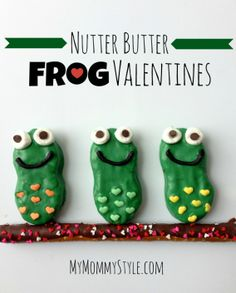 nutter butter frog valentines with free printable tag. Fun Valentines Day Ideas, Valentines Day Treats, Holiday Treats, Valentine Cupcakes, Heart Cupcakes, Kids Valentines, Pink Cupcakes, Holiday Decor, Frog Cookies