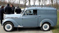 RENAULT Juvaquatre Fourgonnette 1945