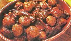 Polpette con funghi porcini Saporite, morbide e decisamente irresistibili, queste polpettine ai funghi porcini sono l'ideale per rendere creativo e invitante un pranzo in famiglia o con gli amici.