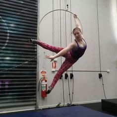 Repetition is key, so here we go again! Also not in the video but I totally wrapped my leggings around the bar! @aerialfitstudios Please click the link in my bio, scroll to the bottom and vote for me in the Jaw Dropping Tricks award, Miranda Walker. Thank you so much ❤❤
