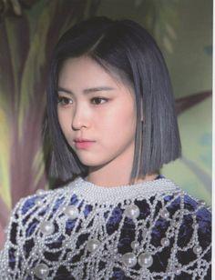 South Korean Girls, Korean Girl Groups, New Girl, Me As A Girlfriend, Kpop Girls, Asian Girl, Thats Not My, Actresses, Album