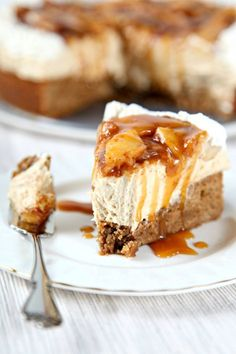 25 Apple Recipe - Caramel Apple Cheesecake Dessert Recipe for Thanksgiving